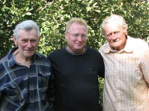 Зліва на право: Євген Курчик, Петро Воробей і Микола Курчик