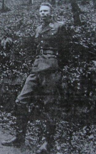 Тарас Бульба-Боровець в генеральському однострої, в роки Другої Світової війни